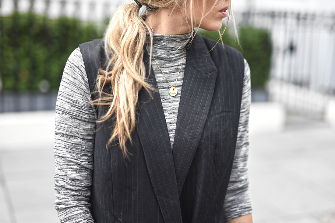 low messy ponytail, pinstripe, pinstripe  jacket, gestuz